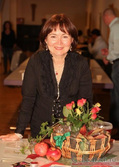 Организатор Осеннего бала в Лёррахе Жанна Энс
