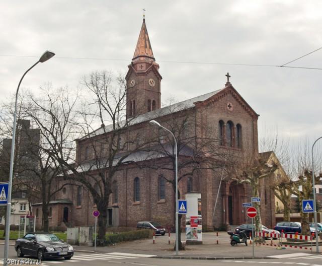 Один из католических храмов города Лёррах