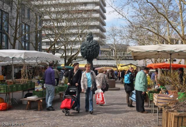 Рынок города Лёррах