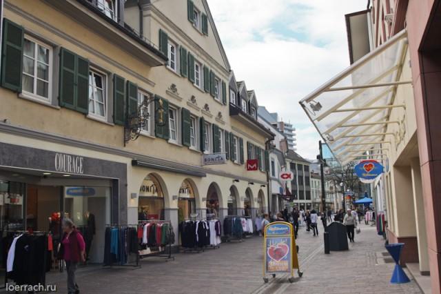 Центральная улочка города Лёррах