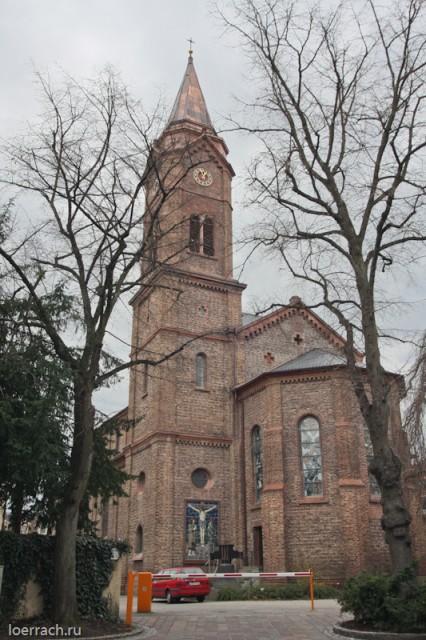 Один из главных католических храмов города Лёррах
